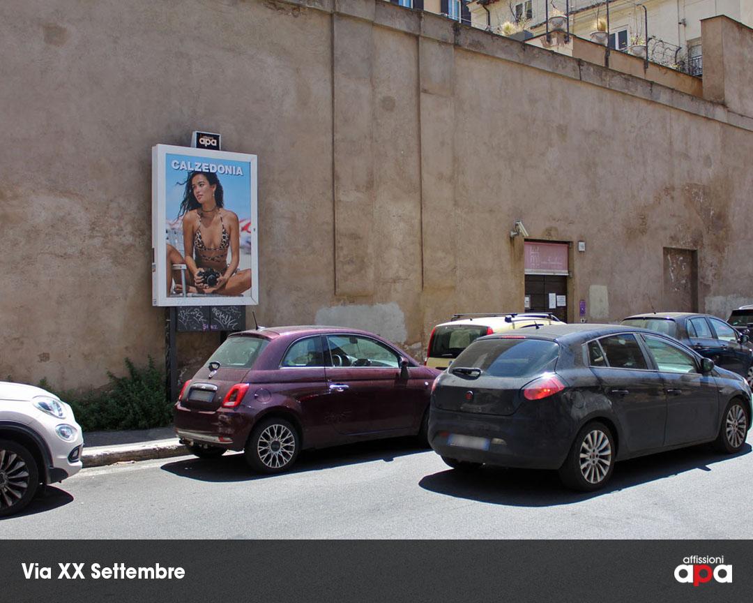 Affissione luminosa di APA 140x200 cm, su Via XX Settembre a Roma.